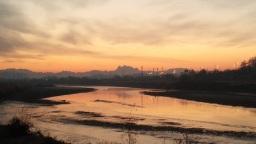 게으른 햇님, 부지런한 달님 | 공릉천 겨울 풍경