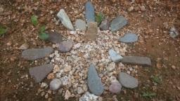 무위자연의 깨달음을 위한 돌무덤 | 올구리